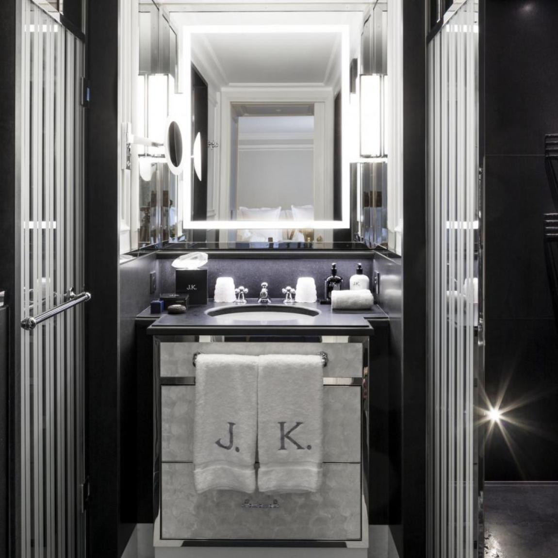 www.jkplace.paris - Classic Room